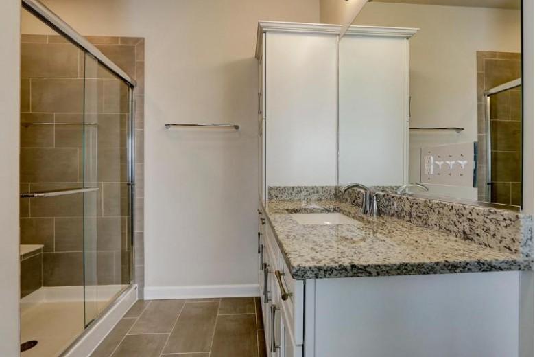 501 N Boulder Ridge Dr, Lake Geneva, WI by Homesmart Connect Llc $499,000