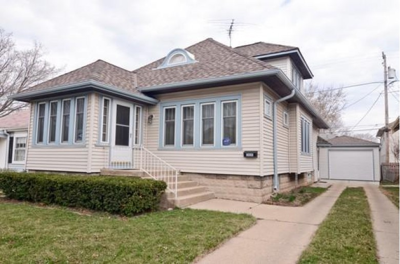 2924 N 58th St, Milwaukee, WI by Coldwell Banker Realty $149,900