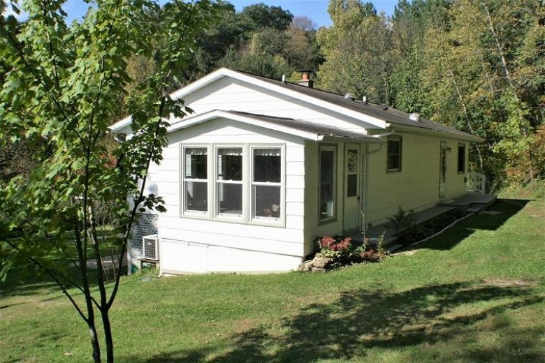 E9034 County Rd Y, Viroqua, WI by United Country - Oakwood Realty $199,000