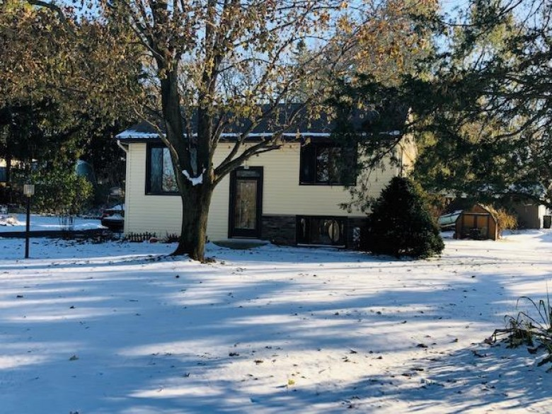 305 Anemone Ave, Palmyra, WI by Coldwell Banker Realty $238,900