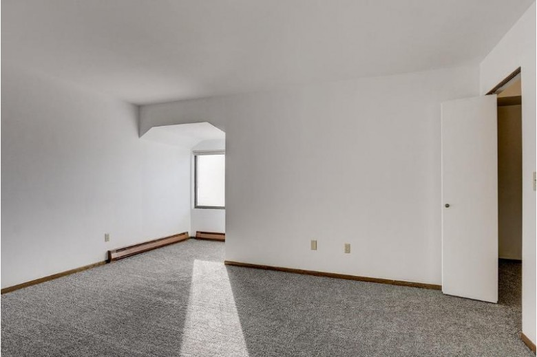 7224 W Wabash Ave, Milwaukee, WI by Re/Max Realty 100 $78,900
