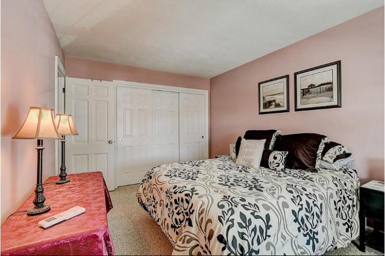 1305 W Main St 203, Lake Geneva, WI by Keefe Real Estate, Inc. $190,000