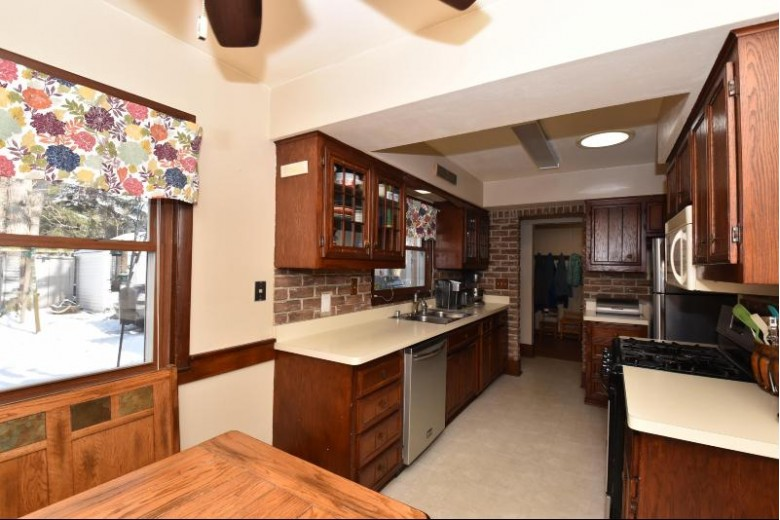 4520 67th St, Kenosha, WI by Realtypro Professional Real Estate Group $219,900