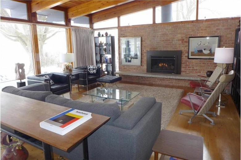 2720 Michigan Blvd, Racine, WI by Coldwell Banker Realty -Racine/Kenosha Office $457,000