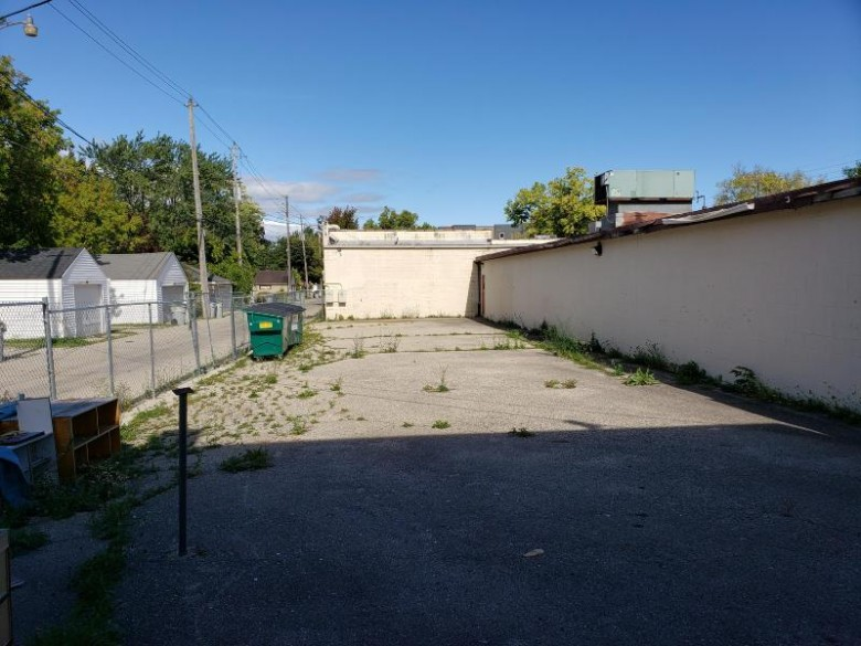 3735 N 35th St, Milwaukee, WI by Mke Realty Group Llc $99,900