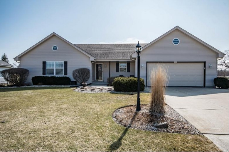 4089 W Whispering Ridge Pass, Franklin, WI by Victory Realty Elite $349,900