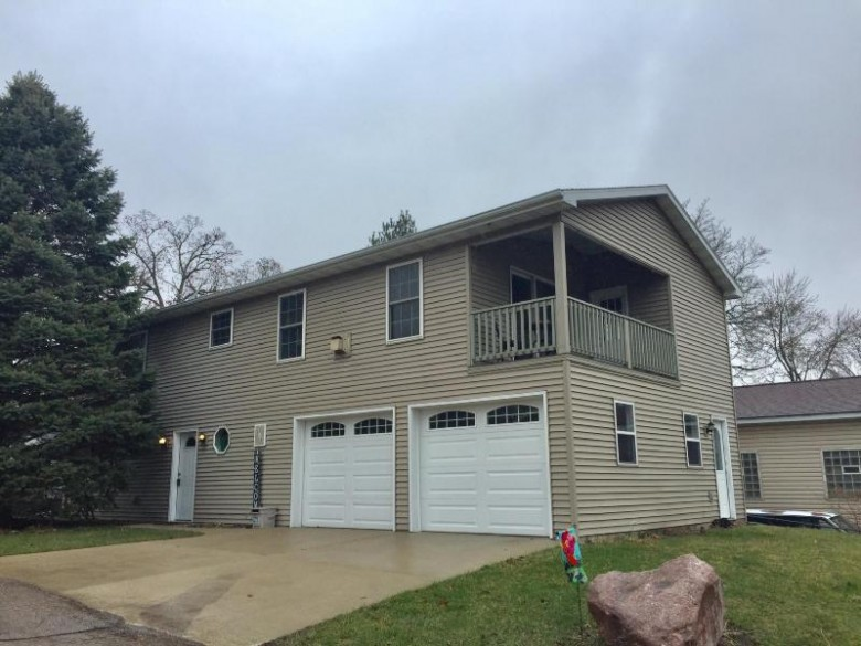 516 Anemone Ave, Palmyra, WI by Fort Real Estate Company, Llc $235,000
