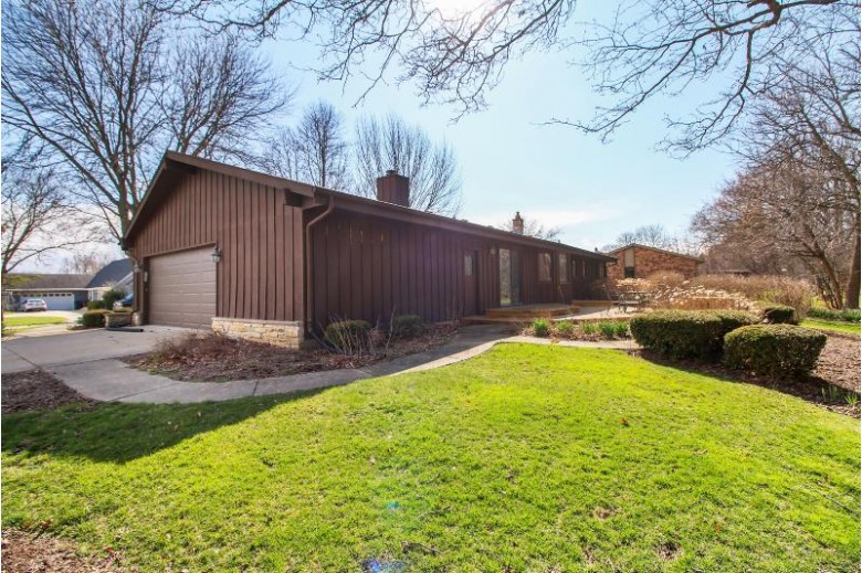 8108 W Winston Way, Franklin, WI by Keller Williams Realty-Milwaukee Southwest $279,000
