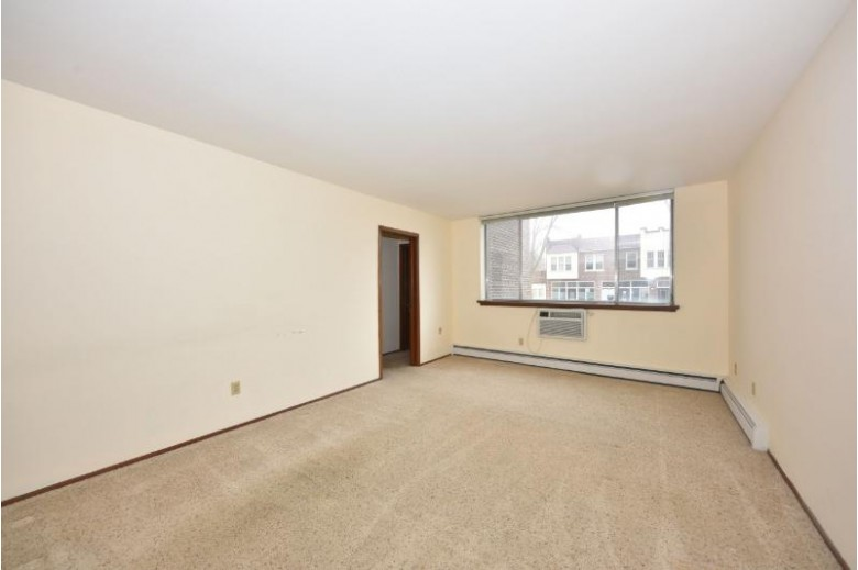 805 E Henry Clay St 105, Whitefish Bay, WI by Shorewest Realtors, Inc. $89,000