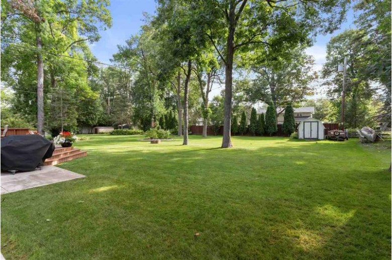 2104 S Gladys Avenue, Appleton, WI by RE/MAX 24/7 Real Estate, LLC $204,444
