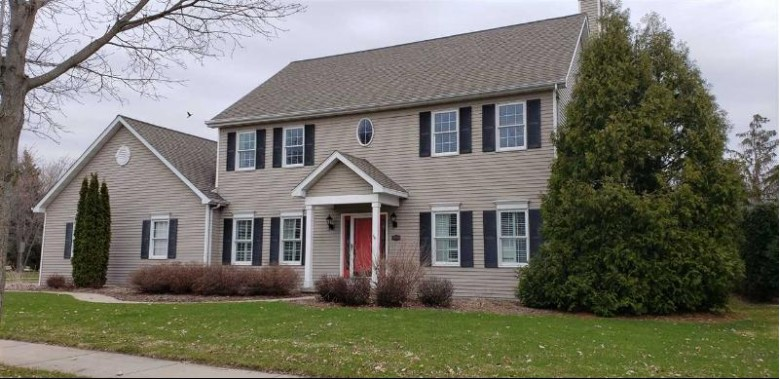 4232 N Terraview Drive, Appleton, WI by Coldwell Banker Real Estate Group $368,000