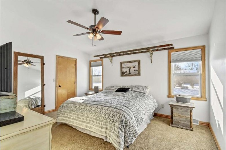 1895 Jacobsen Road, Neenah, WI by Ben Bartolazzi Real Estate, Inc $229,900