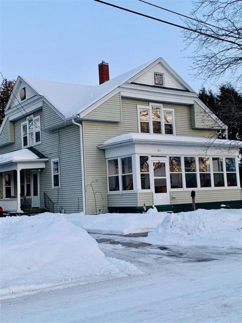 212 Mound Street Berlin, WI 54923 by First Weber Real Estate $119,500