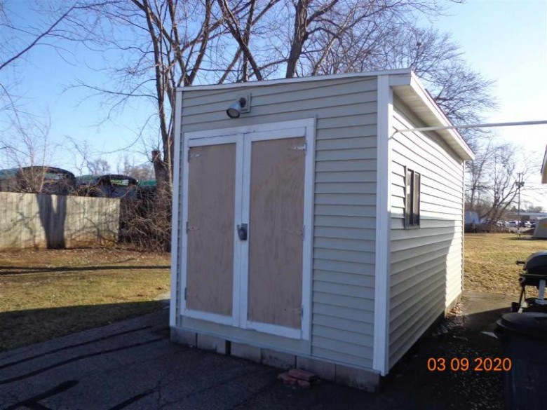 832 9th Street, Menasha, WI by Coldwell Banker Real Estate Group $149,900