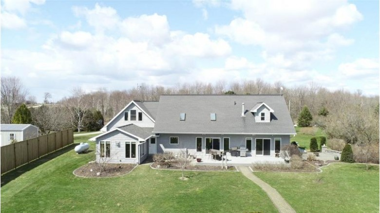 N1338 Lakeshore Road, Kewaunee, WI by Keller Williams Green Bay $368,500