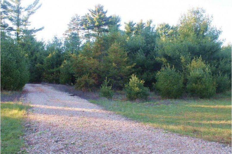 N7480 4th Ave, Westfield, WI by First Weber Real Estate $59,900