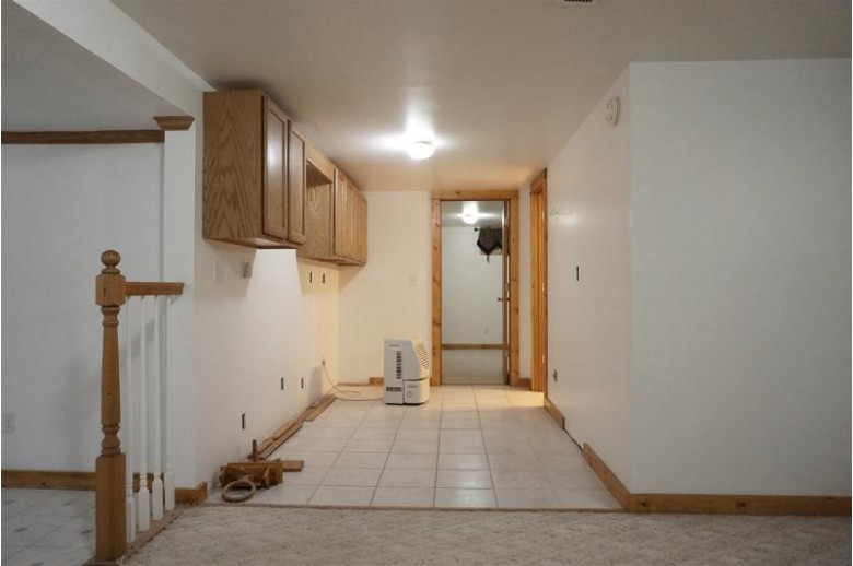 W4405 Crown Rd, Pardeeville, WI by Madisonflatfeehomes.com $249,900
