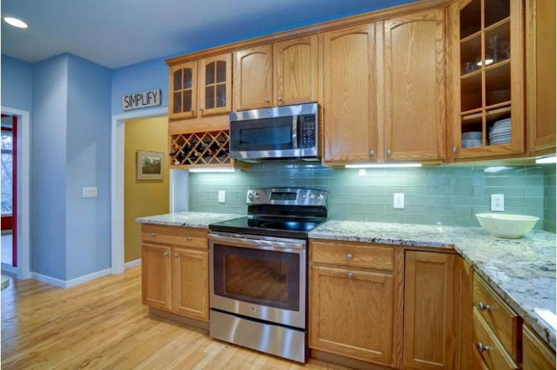 6155 Briggs Rd, Waunakee, WI by Coldwell Banker Success $669,900