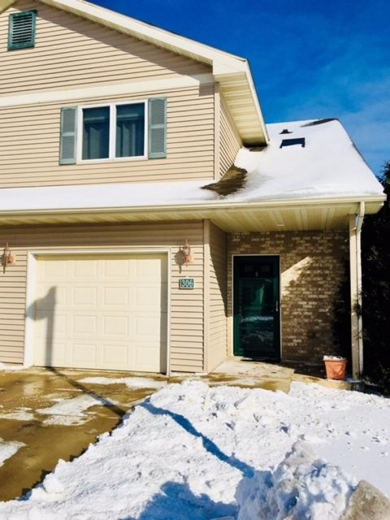 306 Alpine Meadows Cir, Oregon, WI by Shared Real Estate $219,900