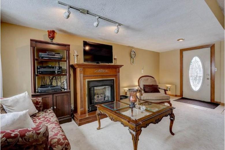 3921 W Riverside Dr, Edgerton, WI by Keller Williams Realty $164,900