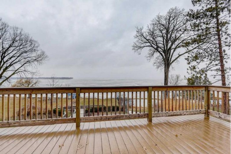 N407 Haight Rd, Fort Atkinson, WI by Keller Williams Realty Signature $560,000
