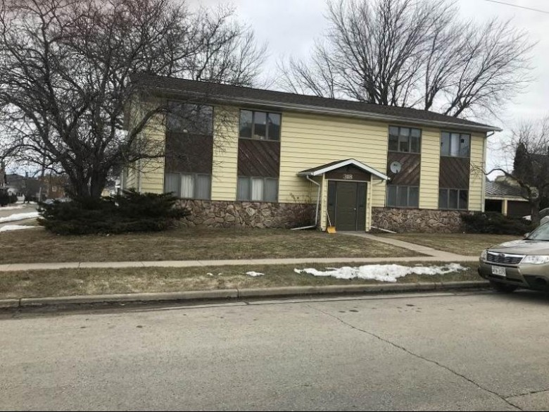318 E Brown St, Waupun, WI by Yellow House Realty $207,000
