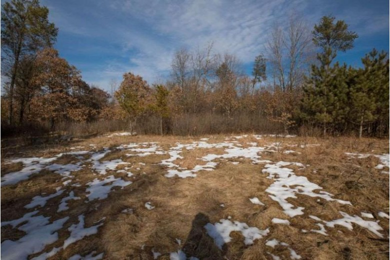 000 16th Ave, Friendship, WI by United Country Midwest Lifestyle Properties $189,900
