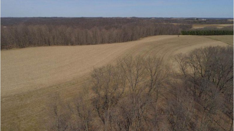 000 Elm Tree Ln, Richland Center, WI by United Country Midwest Lifestyle Properties $273,000