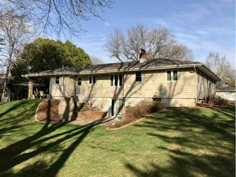 1316 N Shawano Drive, Marshfield, WI by First Weber Real Estate $212,000