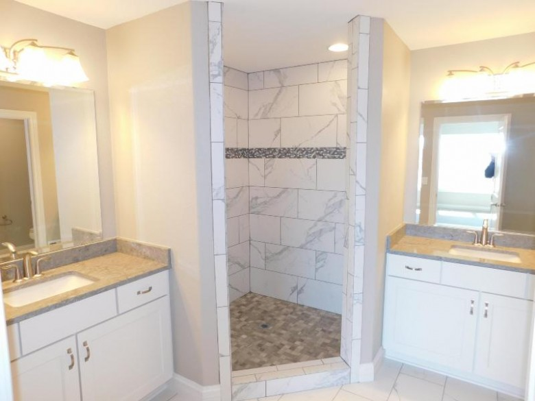 967 Basswood Ct, Grafton, WI by Hollrith Realty, Inc $499,990