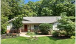 635 Upper Brookwood Dr, Fontana, WI by Keefe Real Estate, Inc. $599,500