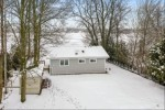 4313 W Lake Dr, Manitowoc, WI by Keller Williams - Manitowoc $259,800