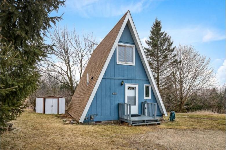 W5855 Mariner Hills Ct, Elkhorn, WI by The Stefaniak Group, Llc $120,000