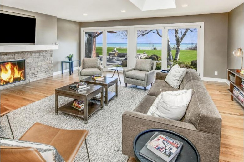 10530 N Circle Rd, Mequon, WI by Keller Williams Realty-Milwaukee North Shore $1,299,000