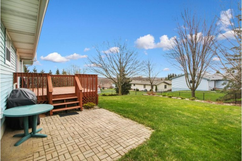 3303 Squire Ln, West Bend, WI by Keller Williams Prestige $250,000