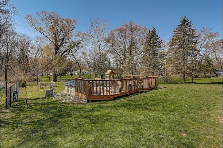 8013 W High St Franklin, WI 53132-9633 by First Weber Real Estate $299,900