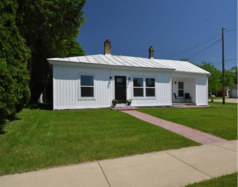 1104 W Main St, Princeton, WI by Emmer Real Estate Group $129,900