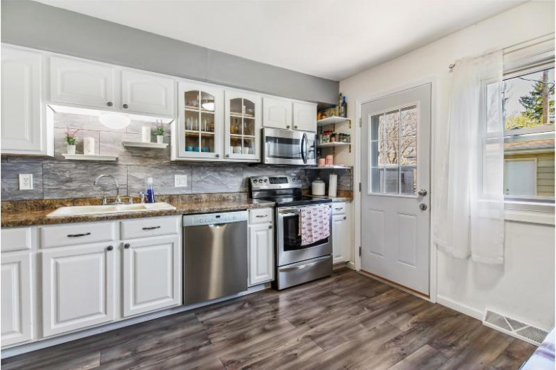 8201 W Tripoli Ave 8203, Milwaukee, WI by Realty Executives Integrity~brookfield $274,900