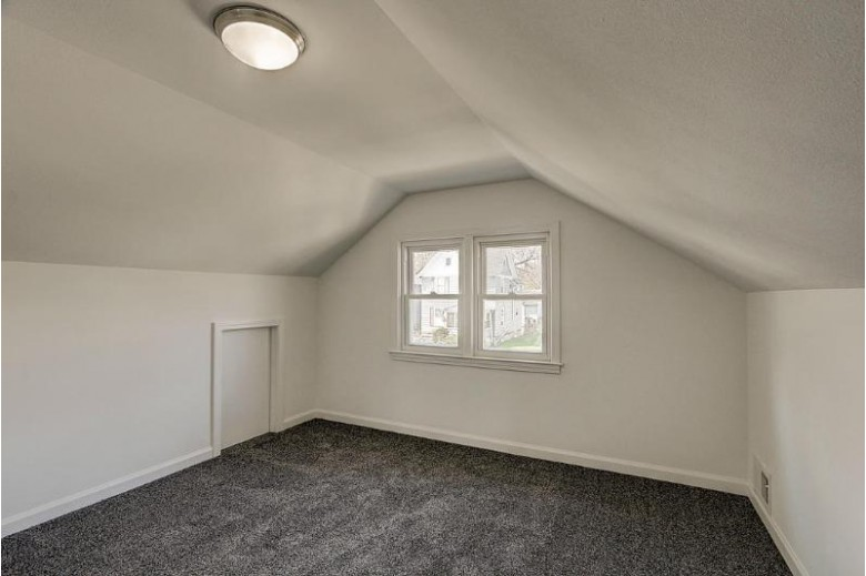 1548 S 73rd St, West Allis, WI by Re/Max Market Place $220,000
