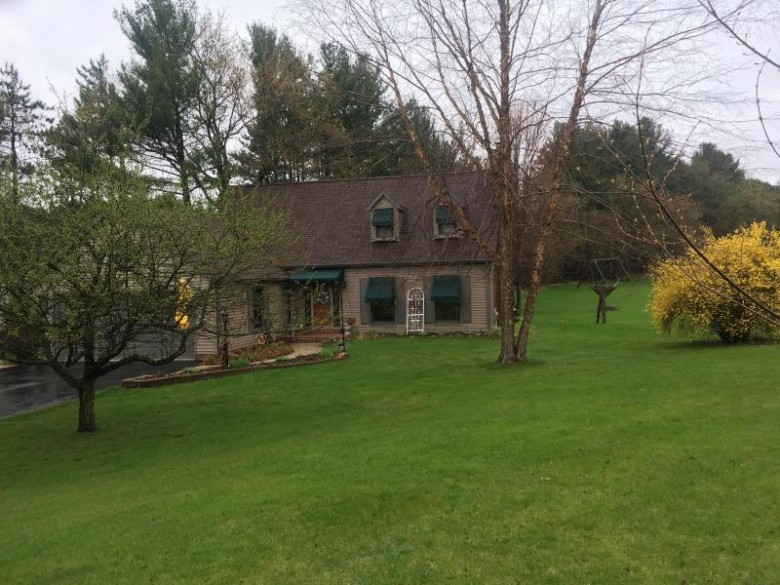 S63W31746 Road X, Mukwonago, WI by Standard Real Estate Services, Llc $349,000