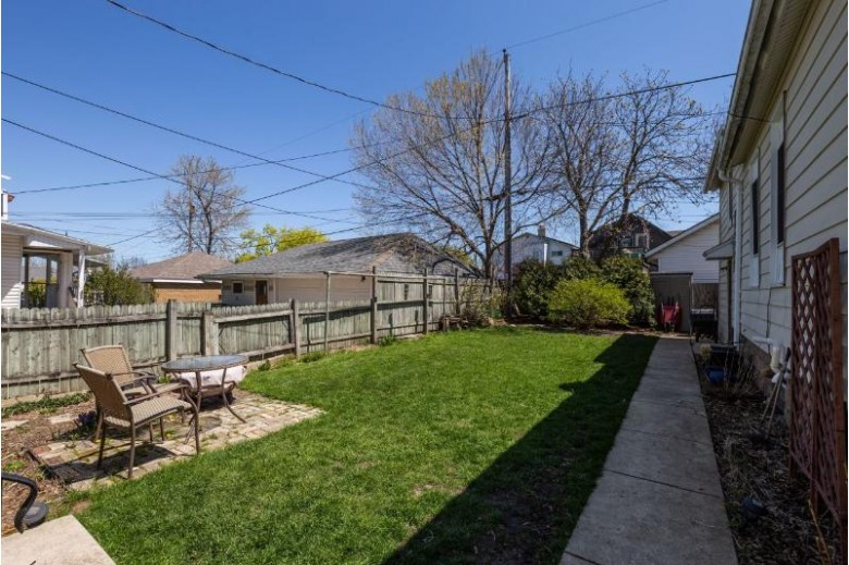 2152 S Winchester St, Milwaukee, WI by Shorewest Realtors, Inc. $235,000