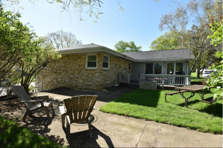 370 Richard St, Waukesha, WI by Realty Executives Southeast $235,000