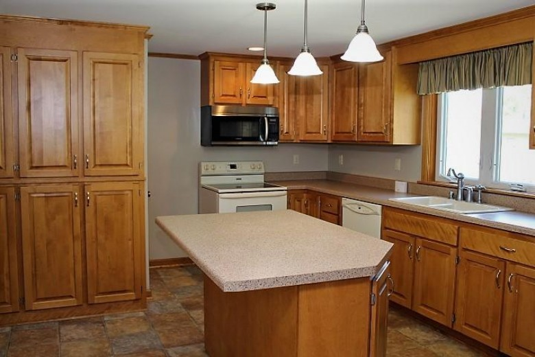 2716 Lakeshore Dr, Sheboygan, WI by Century 21 Moves $169,900