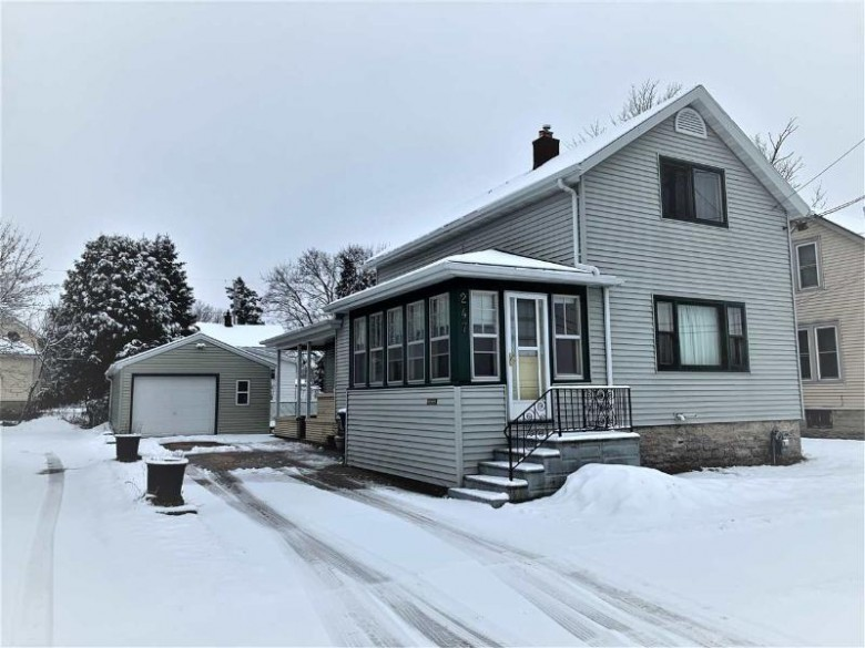 247 W 6th Avenue, Oshkosh, WI by First Weber Real Estate $84,900