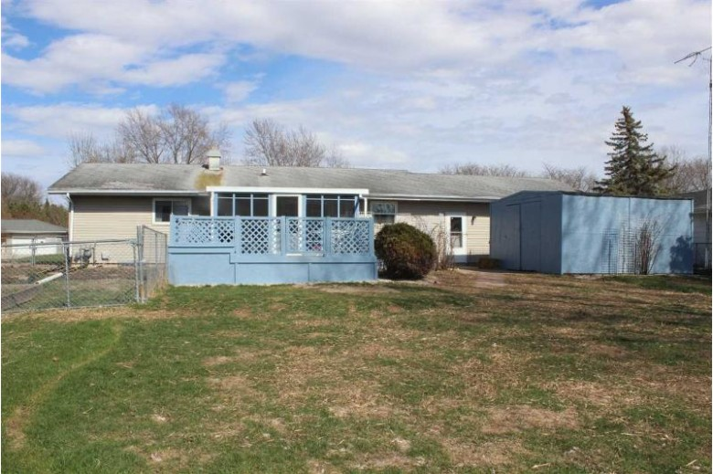 1062 Meadow Lane, Fond Du Lac, WI by First Weber Real Estate $192,000