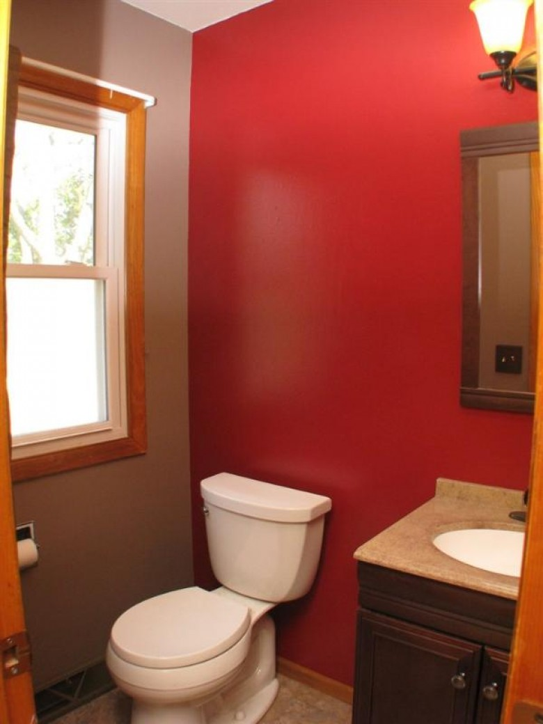962 Martin Avenue, Fond Du Lac, WI by First Weber Real Estate $169,850