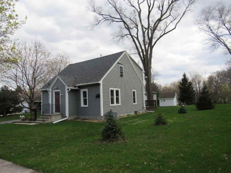 1419 Dousman Street, Green Bay, WI by Century 21 Affiliated $179,400