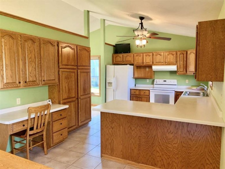 1126 Wedgewood Lane, Fond Du Lac, WI by Roberts Homes and Real Estate $249,900