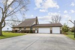 2901 W Heritage Lane, Appleton, WI by Century 21 Ace Realty $219,900