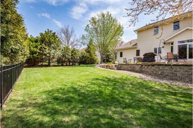 310 E Apple Creek Road, Appleton, WI by Keller Williams Fox Cities $392,000